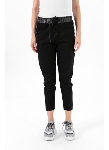 Tiffany&Tomato Bel Düğme Deri Detay Cepli Yüksek Bel Gabardin Pantolon - Vizon Siyah